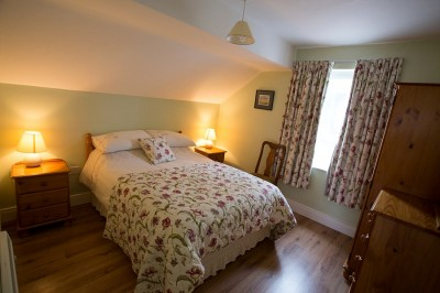 Bedroom in the second floor, 1 bedroom apartment at Árasáin Bhalor - 4 Star Self Catering Apartments & House, Falcarragh, County Donegal, Ireland