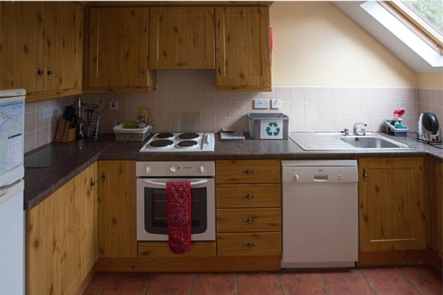Kitchen in the first floor apartment at Árasáin Bhalor - 4 Star Self Catering Apartments & House, Falcarragh, County Donegal, Ireland