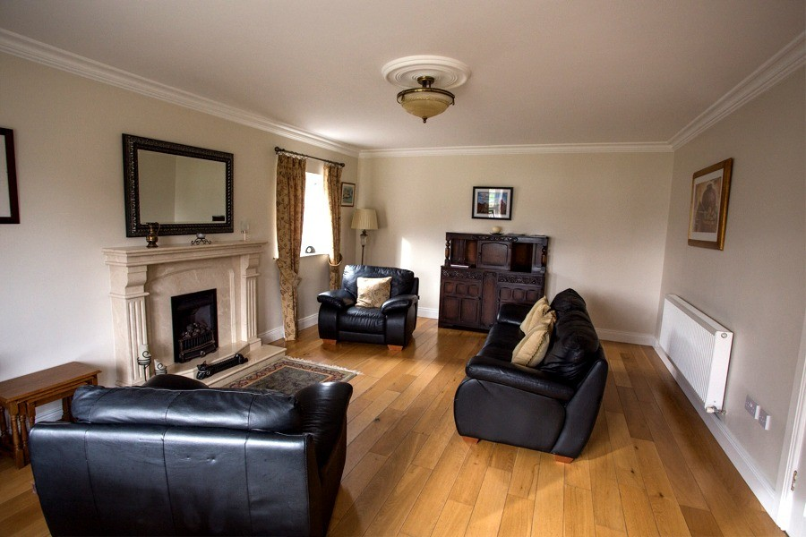 Sitting room in the holiday home at Árasáin Bhalor - 4 Star Self Catering Apartments & House, Falcarragh, County Donegal, Ireland