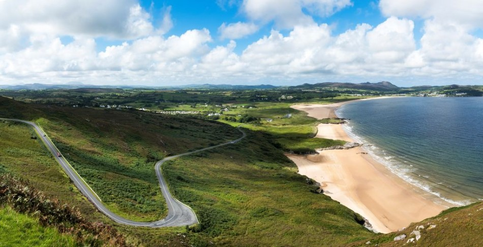 Ballymastocker Bay is a spectacular Blue Flag beach on the western side of Lough Swilly between Rathmullan and Fanad Head - convenient for touring from Árasáin Bhalor - 4 Star Self Catering Apartments & House, Falcarragh, County Donegal, Ireland